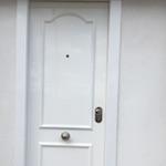 Puerta de entrada acorazada mixta